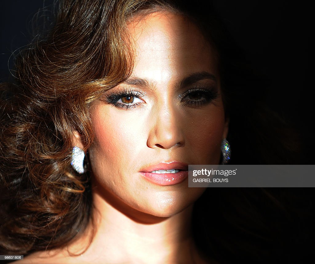 Fotos und Bilder von Jennifer Lopez Turns 40 | Getty Images