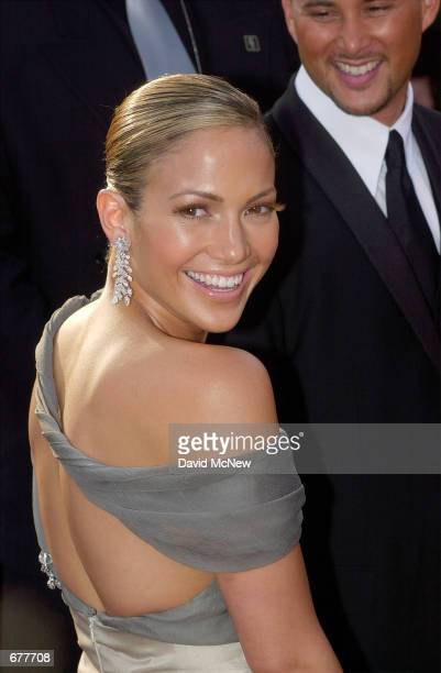 Actress Jennifer Lopez arrives for the 73rd Annual Academy Awards March 25 2001 at the Shrine Auditorium in Los Angeles Lopez is wearing a Chanel...