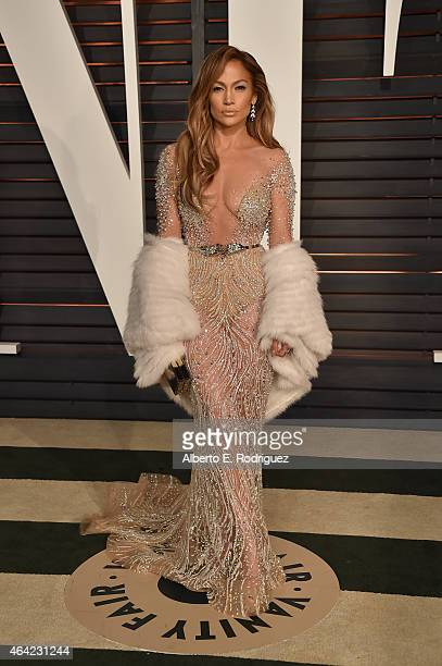 Actress Jennifer Lopez attends the 2015 Vanity Fair Oscar Party hosted by Graydon Carter at Wallis Annenberg Center for the Performing Arts on...