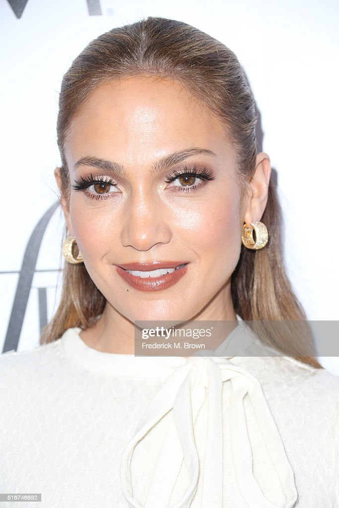 Actress Jennifer Lopez attends the Daily Front Row 'Fashion Los Angeles Awards' at Sunset Tower Hotel on March 20, 2016 in West Hollywood, California.