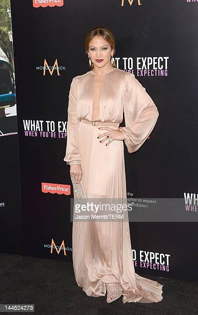 Actress Jennifer Lopez attends the Los Angeles premiere of 'What To Expect When You're Expecting' at Grauman's Chinese Theatre on May 14 2012 in...