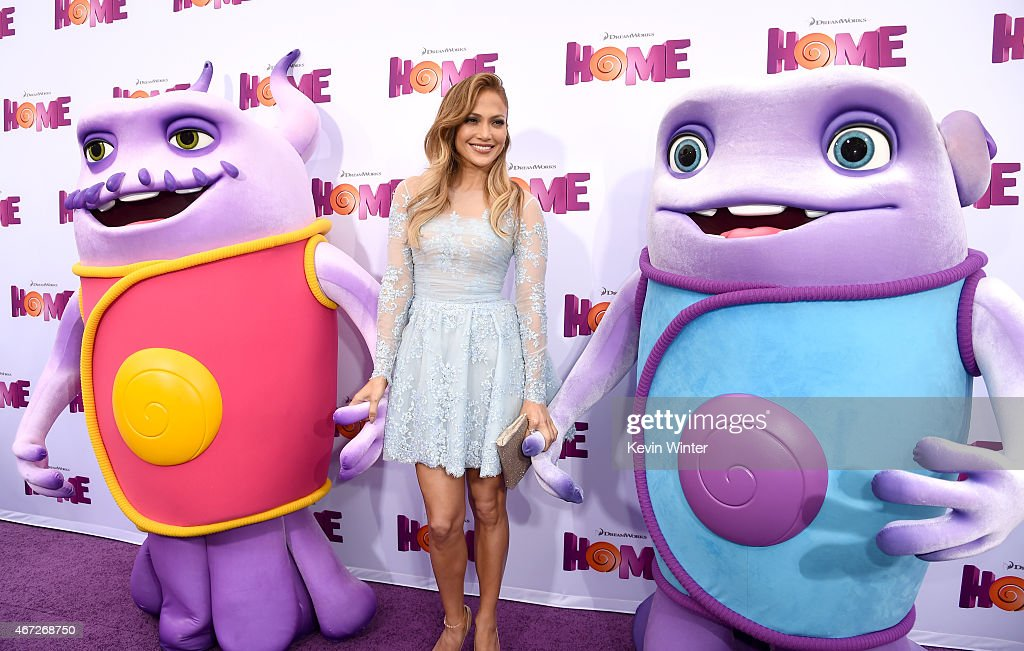 """Premiere Of Twentieth Century Fox And Dreamworks Animation's """"HOME"""" - Red Carpet : News Photo"""