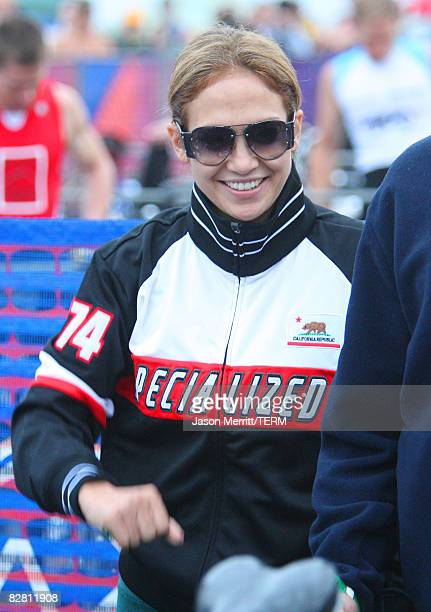 Actress Jennifer Lopez participates in the 2008 Nautica Malibu Triathlon on September 14 2008 in Malibu Calufornia