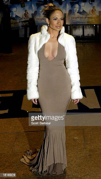 Actress Jennifer Lopez poses for photographers as she arrives at the UK Premiere of Maid in Manhattan February 26, 2003 in London, United Kingdom.