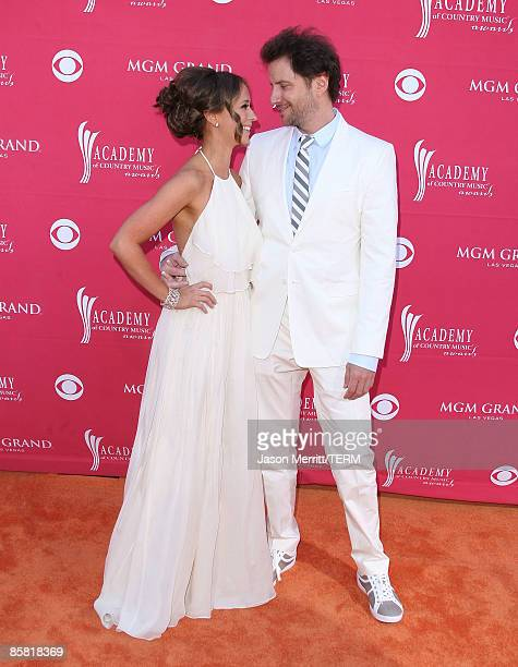 Actress Jennifer Love Hewitt and actor Jamie Kennedy arrive at the 44th annual Academy Of Country Music Awards held at the MGM Grand on April 5 2009...
