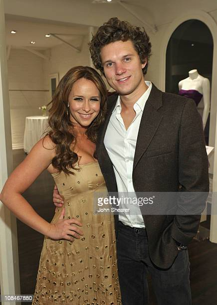 """Actress Jennifer Love Hewitt and Alex Beh attend the People StyleWatch """"A Night Of Red Carpet Style"""" event at Decades on January 27, 2011 in Los..."""