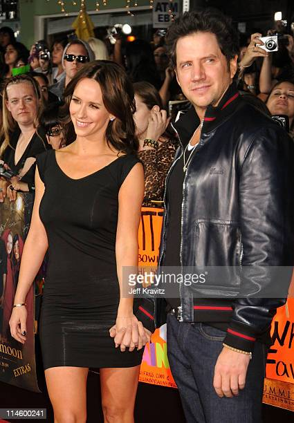 Actress Jennifer Love Hewitt and Jamie Kennedy arrive at 'The Twilight Saga New Moon' premiere held at the Mann Village Theatre on November 16 2009...