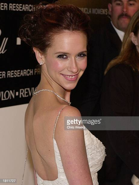 Actress Jennifer Love Hewitt arrives at the 10th Annual Fire Ice Ball December 11 2000 at the Beverly Hilton in Beverly Hills CA