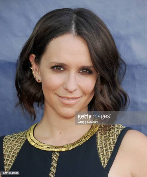 Actress Jennifer Love Hewitt arrives at the 2014 Television Critics Association Summer Press Tour CBS CW And Showtime Party at Pacific Design Center...