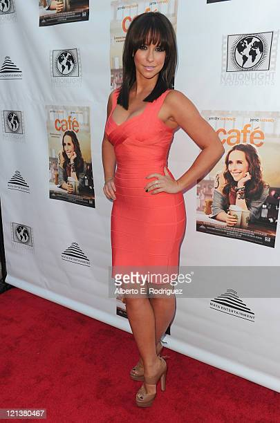 """Actress Jennifer Love Hewitt arrives to the premiere of Maya Entertainment's """"Cafe"""" on August 18, 2011 in Los Angeles, California."""