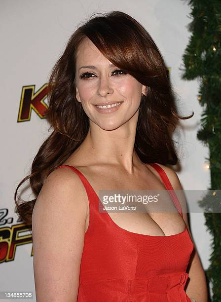 Actress Jennifer Love Hewitt attends 1027 KIIS FM's Jingle Ball at Nokia Theatre LA Live on December 3 2011 in Los Angeles California