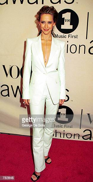Actress Jennifer Love Hewitt attends the 2000 VH1/Vogue Fashion Awards October 20 2000 at the Theatre at Madison Square Garden in New York City