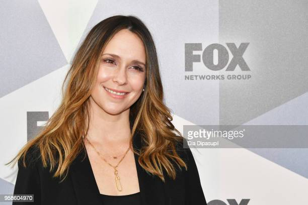 Actress Jennifer Love Hewitt attends the 2018 Fox Network Upfront at Wollman Rink, Central Park on May 14, 2018 in New York City.