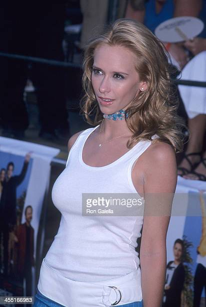 Actress Jennifer Love Hewitt attends the America's Sweethearts Westwood Premiere on July 17 2001 at the Mann Village and Bruin Theatre in Westwood...