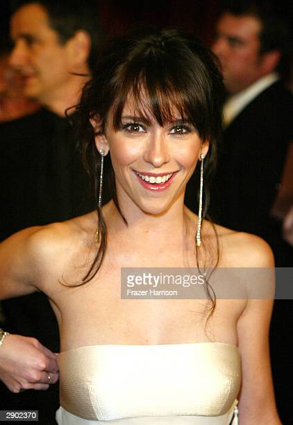 Actress Jennifer Love Hewitt attends the InStyle Magazine and Warner Bros Studios post Golden Globe party on January 25 2004 at Palm Court Beverly...