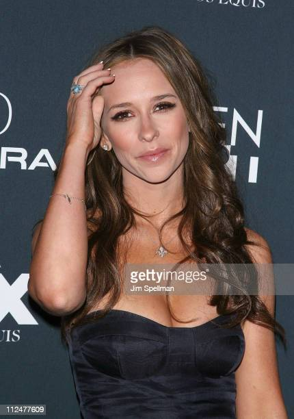 Actress Jennifer Love Hewitt attends the premiere of 'Finding Bliss' during the 14th Annual Gen Art Film Festival Presented by Acura at the Visual...