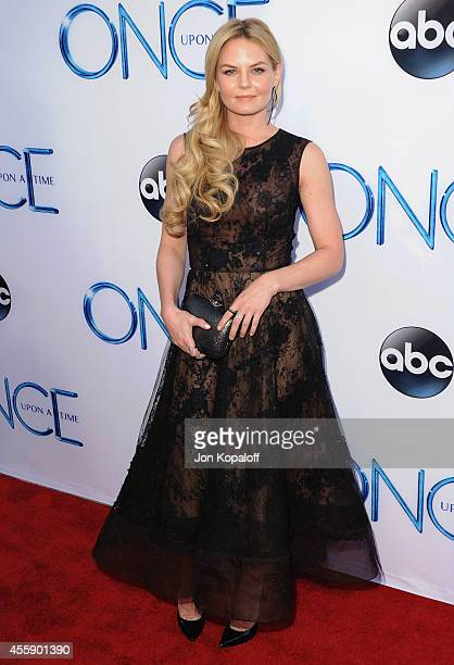 Actress Jennifer Morrison arrives at ABC's Once Upon A Time Season 4 Red Carpet Premiere at the El Capitan Theatre on September 21 2014 in Hollywood...