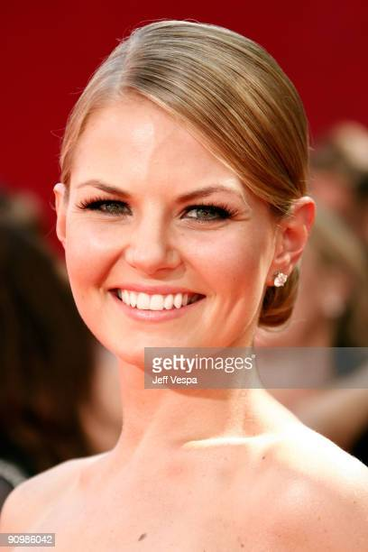 Actress Jennifer Morrison arrives at the 61st Primetime Emmy Awards held at the Nokia Theatre on September 20 2009 in Los Angeles California
