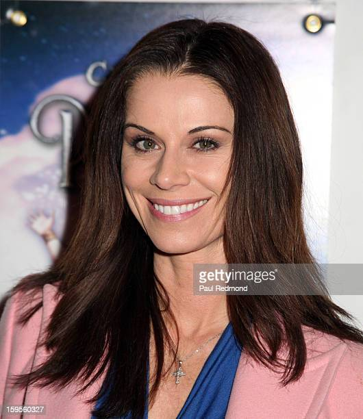Actress Jennifer Taylor arrives at Peter Pan Los Angeles play opening night at the Pantages Theatre on January 15 2013 in Hollywood California