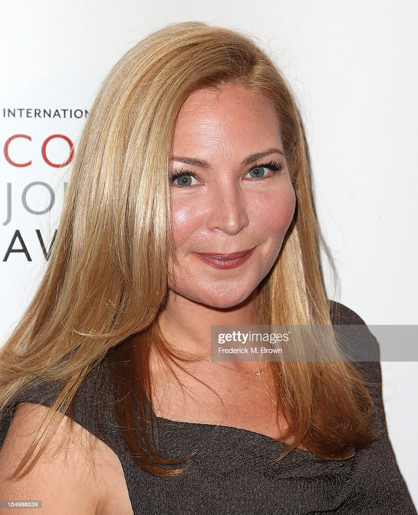 Actress Jennifer Westfeldt attends the 2012 International Women's Media Foundation's Courage In Journalism Awards at The Beverly Hills Hotel on October 29, 2012 in Beverly Hills, California.