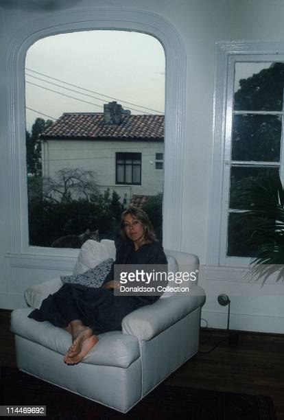 Actress Jenny Agutter poses at home for a portrait in circa 1985 in Los Angeles, California.