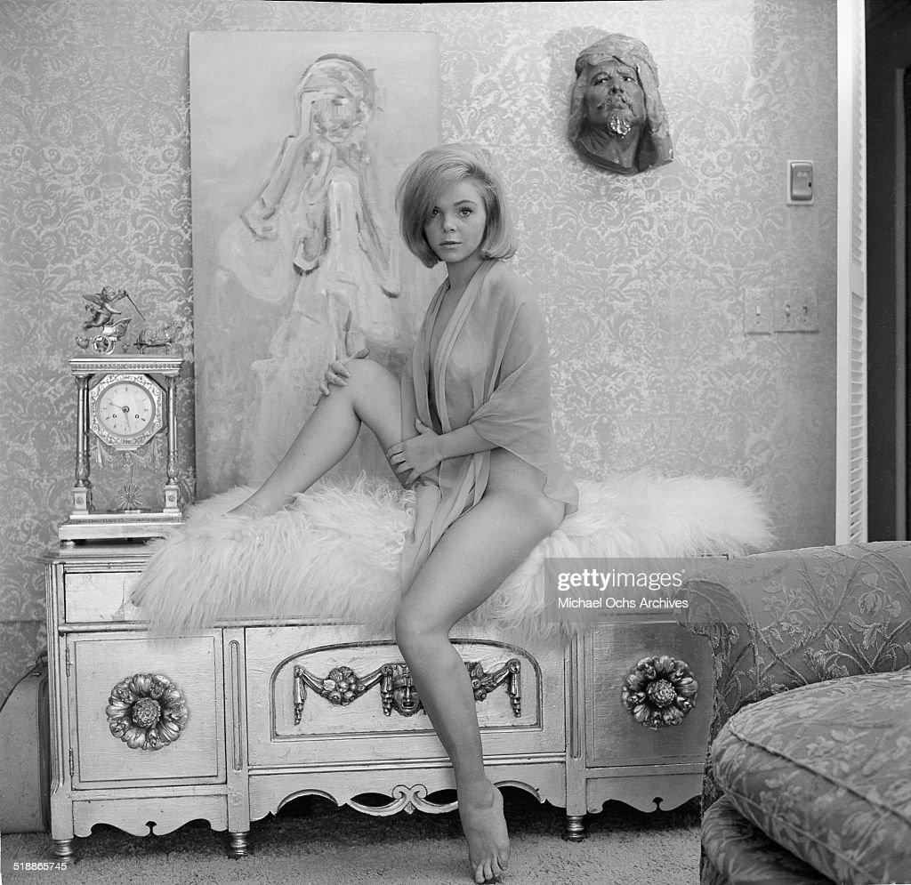Gladys Knight,Elizabeth Ashley Adult pics & movies Adrienne Shelly,Sarah Truax