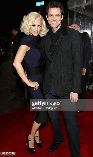 Actress Jenny McCarthy and actor Jim Carey arrive at the premiere of Warner Bros Picture's 'Yes Man' held at the Mann Village Theater on December 17...