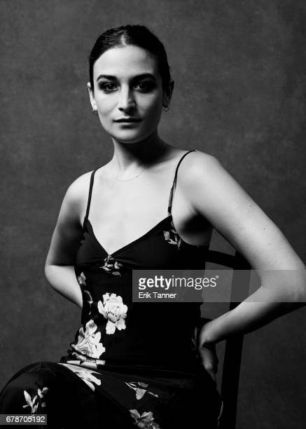 Actress Jenny Slate from 'Aardvark' poses at the 2017 Tribeca Film Festival portrait studio on April 21, 2017 in New York City.