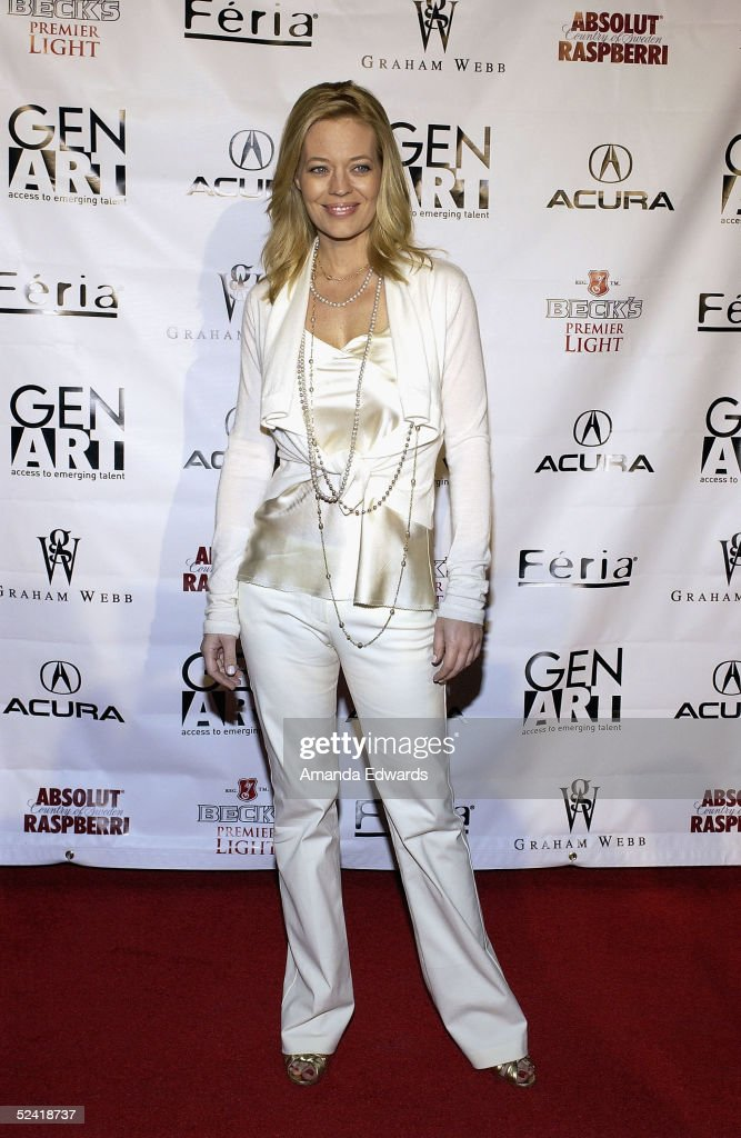 Actress Jeri Ryan arrives at the Gen-Art Fall 2005 LA Fashion Week Kick Off Party on March 14, 2005 at the MOCA Geffen Contemporary Museum in Los Angeles, California.