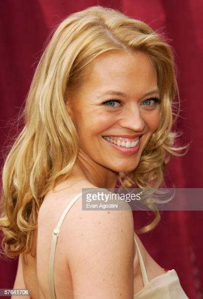 Actress Jeri Ryan attends the CBS Upfront Presentation at Tavern On The Green May 17 2006 in New York City