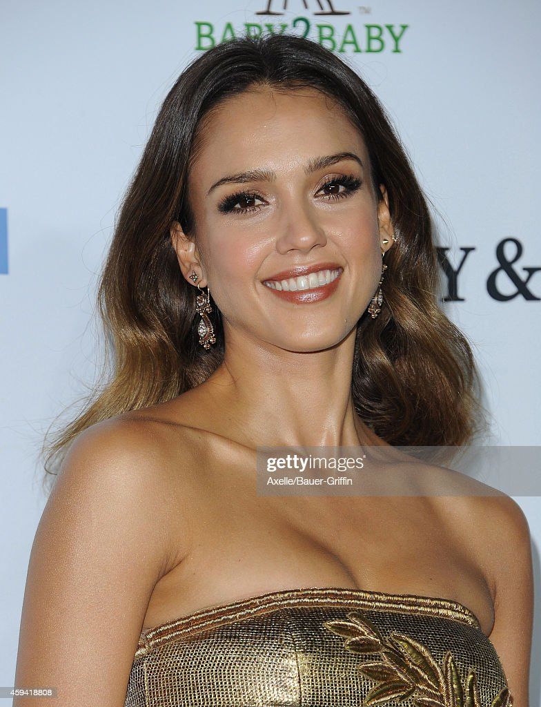 Actress Jessica Alba arrives at the 2014 Baby2Baby Gala presented by Tiffany & Co. honoring Kate Hudson at The Book Bindery on November 8, 2014 in Culver City, California.