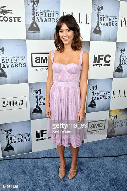Actress Jessica Alba arrives at the 24th Annual Film Independent's Spirit Awards held at Santa Monica Beach on February 21, 2009 in Santa Monica,...