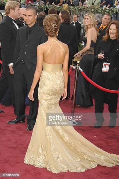 Actress Jessica Alba Arrives At The 78th Academy Awards Held Kodak Theatre