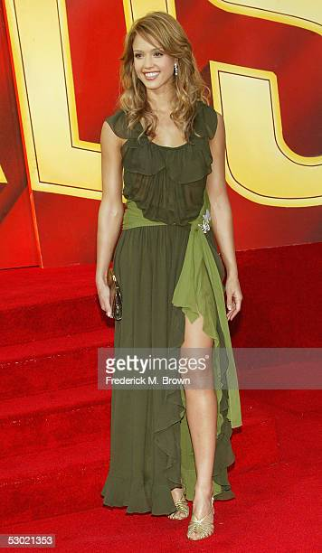 Actress Jessica Alba arrives to the 2005 MTV Movie Awards at the Shrine Auditorium June 4 2005 in Los Angeles California The 14th annual award show...