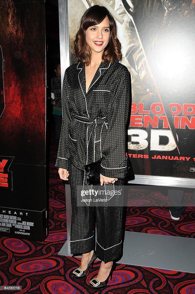 Schön Actress Jessica Alba Attends A Screening Of U0027My Bloody Valentine 3Du0027 At  Mannu0027s Chinese