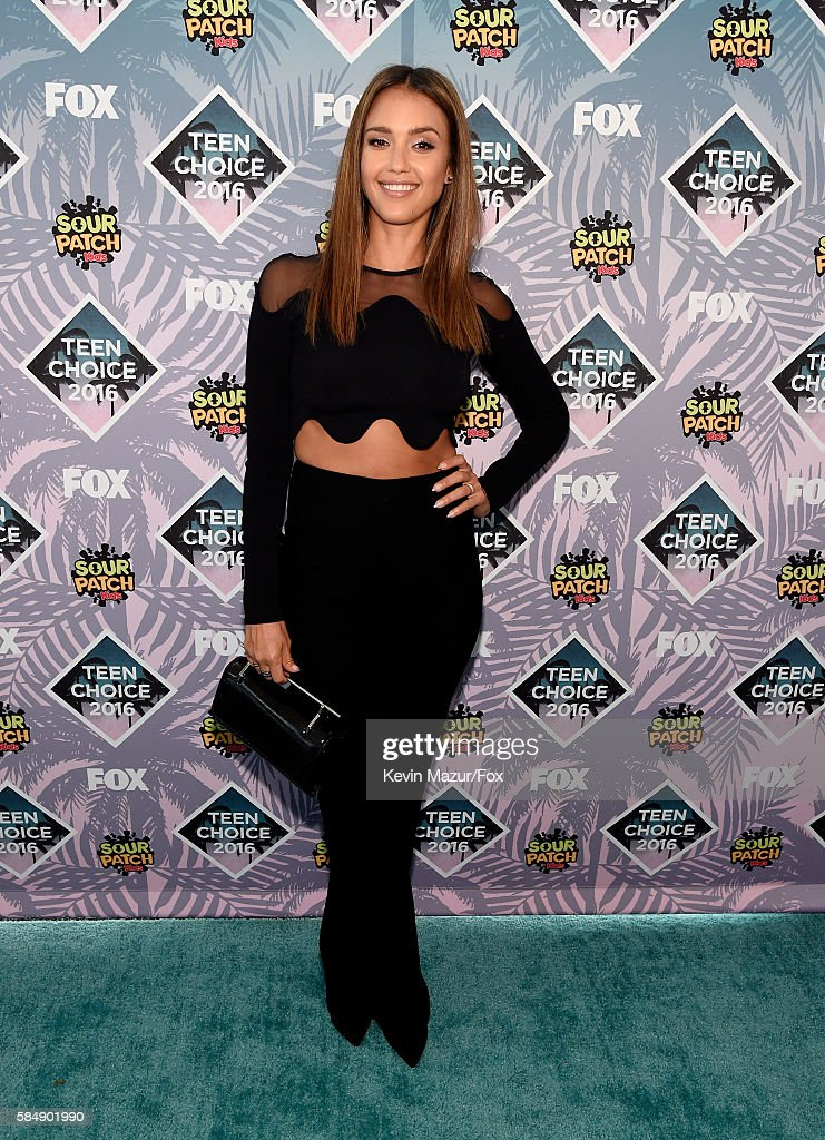 Actress Jessica Alba attends Teen Choice Awards 2016 at The Forum on July 31, 2016 in Inglewood, California.