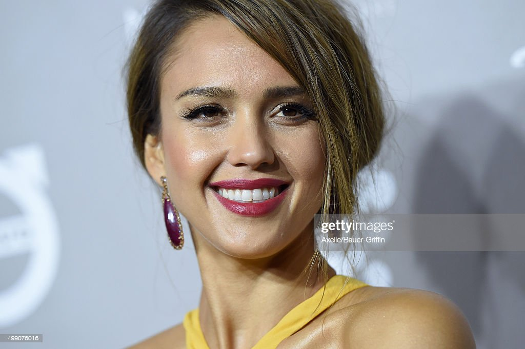 Actress Jessica Alba attends the 2015 Baby2Baby Gala at 3LABS on November 14, 2015 in Culver City, California.
