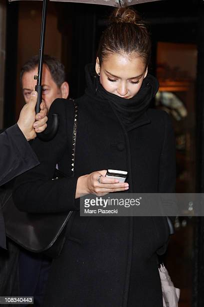 Actress Jessica Alba leaves the Four Seasons 'George V' on January 26, 2011 in Paris, France.