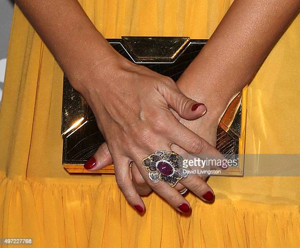Actress Jessica Alba purse ring detail attends the 2015 Baby2Baby Gala presented by MarulaOil Kayne Capital Advisors Foundation honoring Kerry...