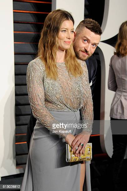 Actress Jessica Biel and recording artist Justin Timberlake attends the 2016 Vanity Fair Oscar Party hosted By Graydon Carter at Wallis Annenberg...
