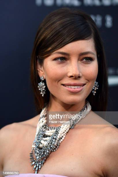 Actress Jessica Biel arrives at the premiere of Columbia Pictures' 'Total Recall' held at Grauman's Chinese Theatre on August 1, 2012 in Hollywood,...