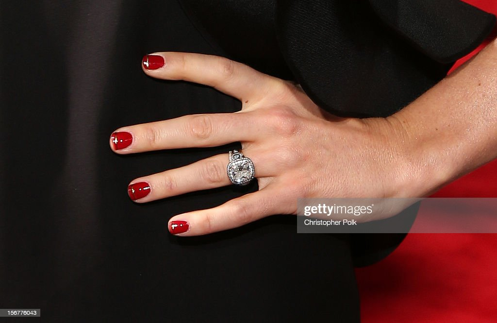 Actress Jessica Biel (ring detail) arrives at the premiere of Fox Searchlight Pictures' 'Hitchcock' at the Academy of Motion Picture Arts and Sciences Samuel Goldwyn Theater on November 20, 2012 in Beverly Hills, California.