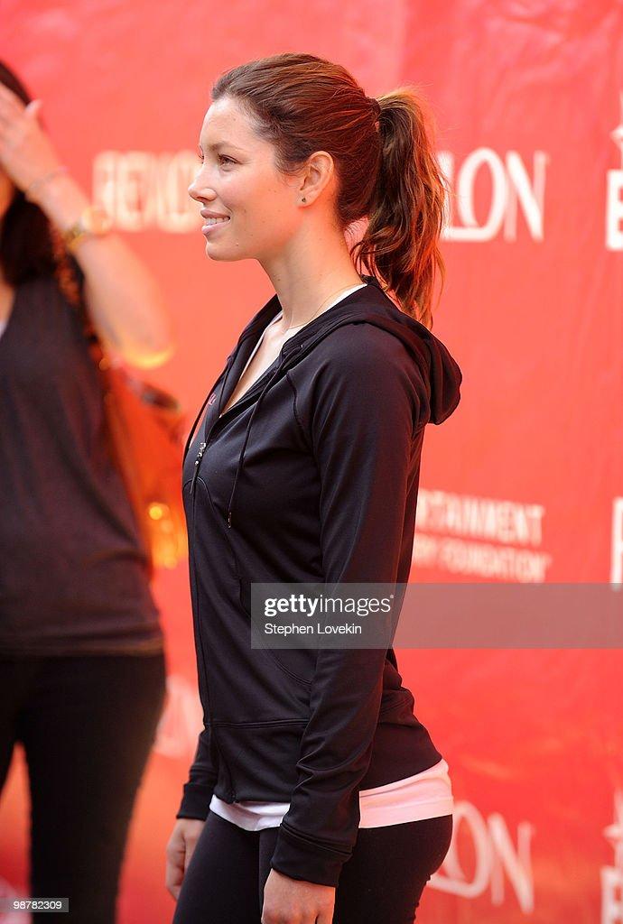 13th Annual EIF Revlon Run/Walk For Women : News Photo