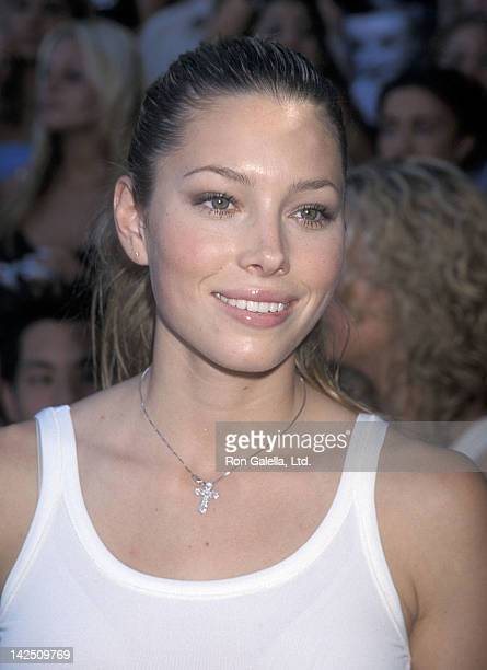 Actress Jessica Biel attends the Third Annual Teen Choice Awards on August 12 2001 at the Universal Amphitheatre in Universal City California