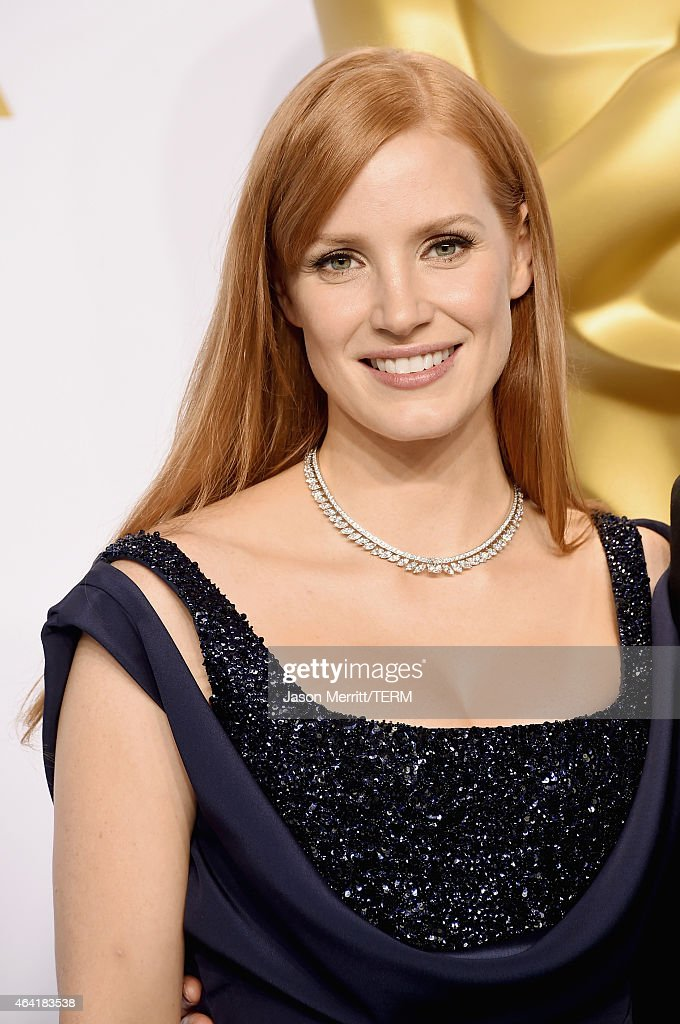 Actress Jessica Chastain poses in the press room during the 87th Annual Academy Awards at Loews Hollywood Hotel on February 22, 2015 in Hollywood, California.