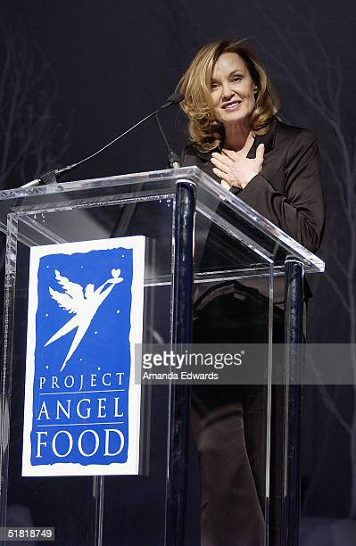 Actress Jessica Lange accepts the Woman of Style award at the Project Angel Foods Divine Design 2004 Gala on December 2 2004 at the Barker Hangar in...