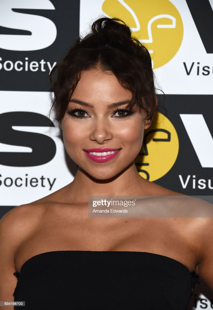 Actress Jessica Parker Kennedy arrives at the 15th Annual Visual Effects Society Awards at The Beverly Hilton Hotel on February 7, 2017 in Beverly Hills, California.