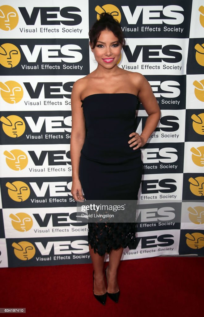 Actress Jessica Parker Kennedy attends the 15th Annual Visual Effects Society Awards at The Beverly Hilton Hotel on February 7, 2017 in Beverly Hills, California.