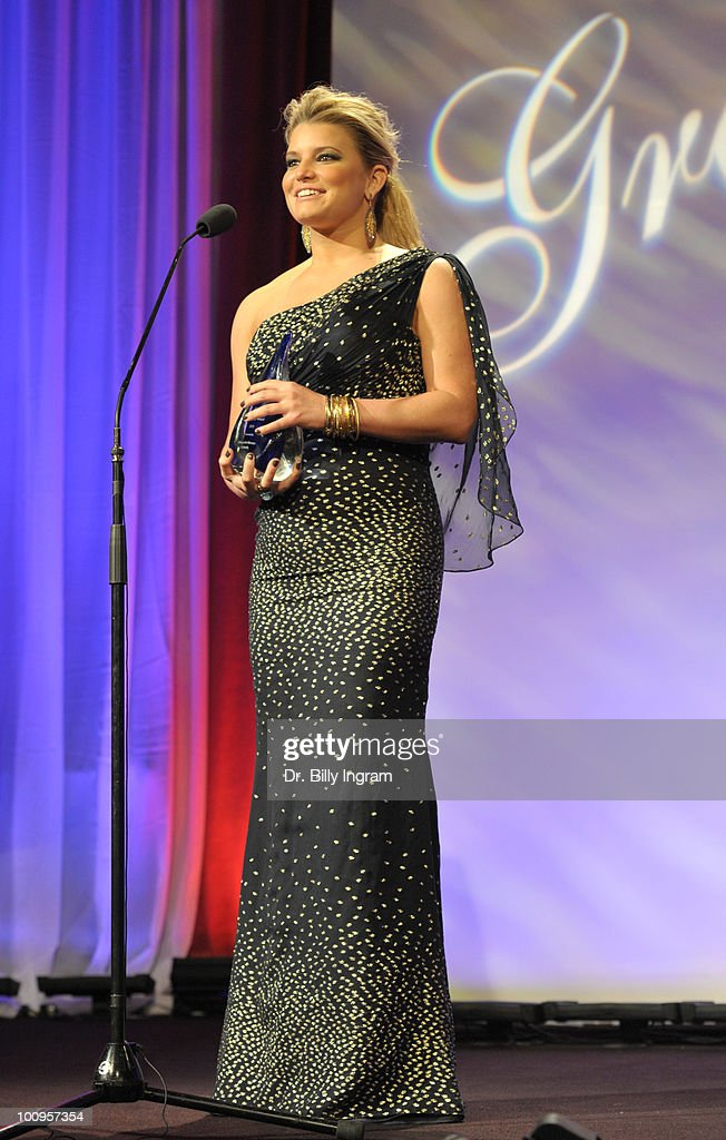 Actress Jessica Simpson receives a Gracie Award at the 35th Annual Gracie Awards Gala at The Beverly Hilton hotel on May 25, 2010 in Beverly Hills, California.