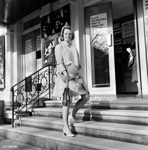 Actress Jill Bennett arriving at The Royal Court Theatre 19th April 1968